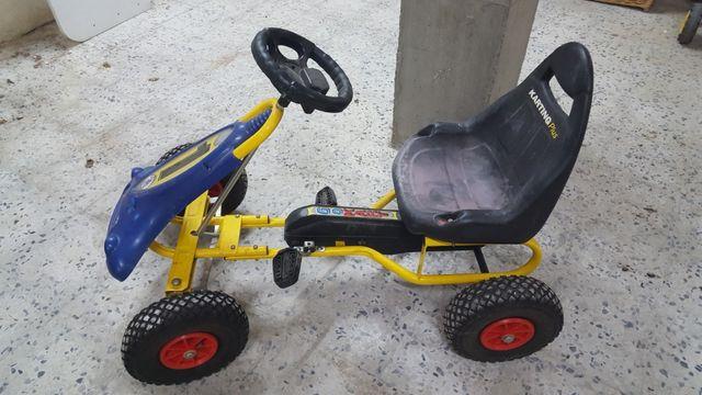 Car niño pedales