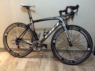 bicicleta de carretera bh rc18.9