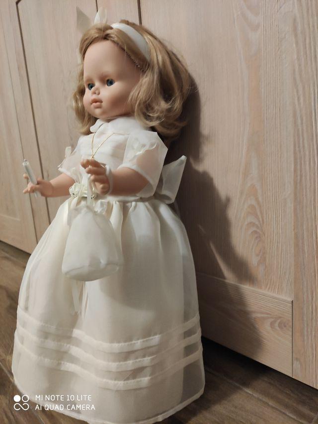 Muñeca Nancy Comunión