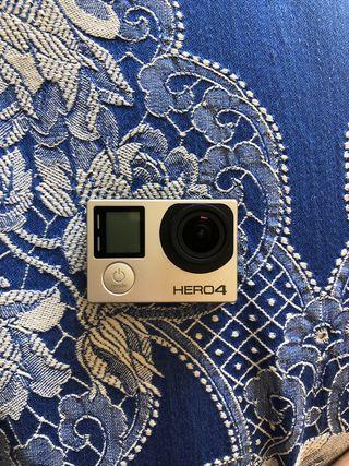 GoPro Hero 4 en perfectas condiciones