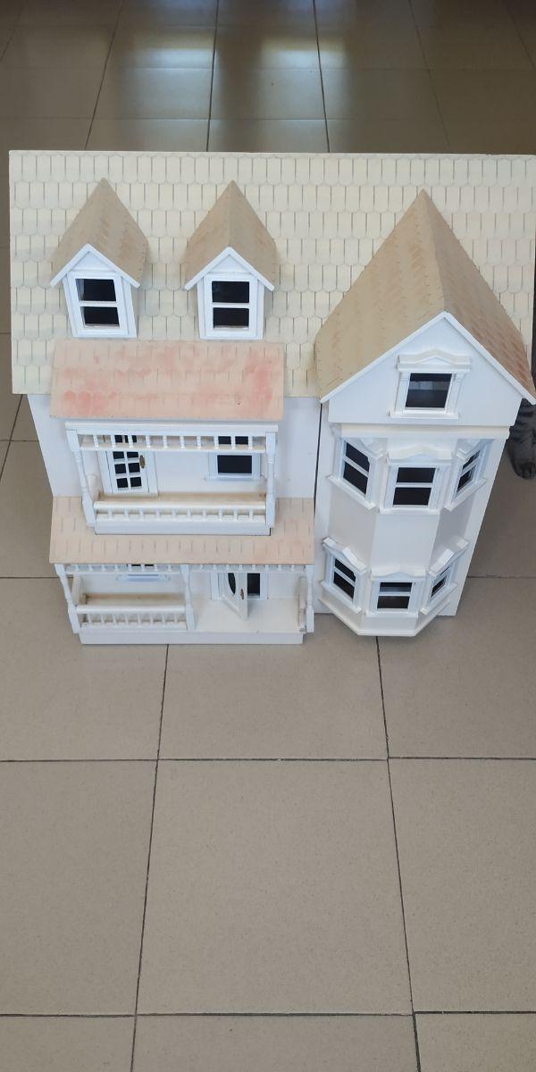 Casa de Muñecas Artesanal