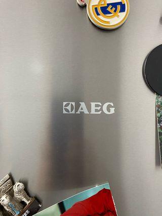 Cambio combi AEG 2 metro por frigorifico 1 puerta