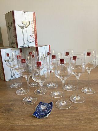 Copas de vino blanco de cristal de bohemia