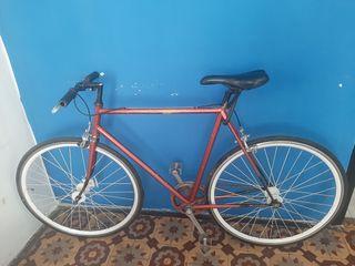 Bicicleta fixie en buen estado precio converzable