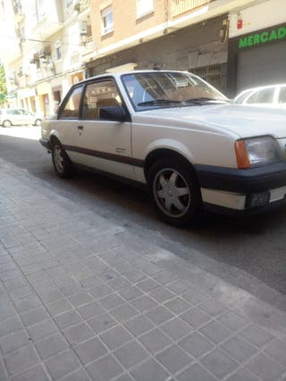 Opel Ascona 2.0 Gt
