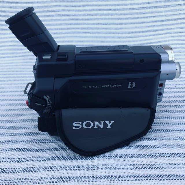 ¡URGE! Cámara Sony Analógica de Vídeo Profesional
