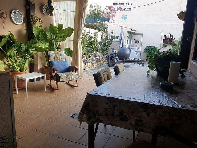 Casa en venta en Pizarra (Pizarra, Málaga)