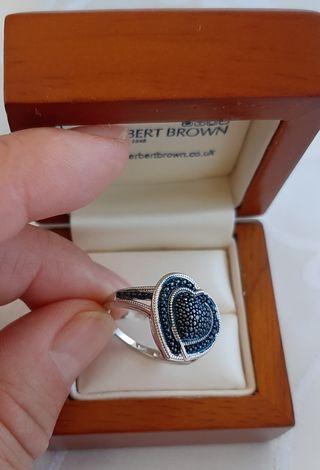 Anillo corazón, plata 925 y diamantes.