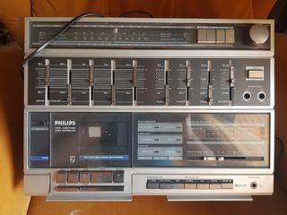 radio antigua y televisiones antiguas