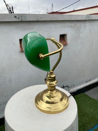 Lámpara de banquero clásico