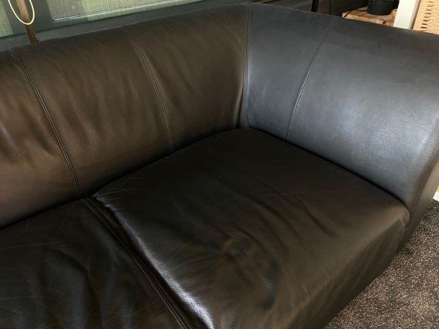 Sofá en cuero