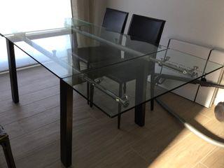 Mesa de comedor extensible de cristal y madera