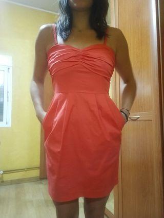 vestido corto color coral/salmón