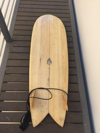 Tabla surf fish tail 5,10