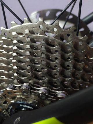 Bici de carretera:CUBE ATTAIN SLT CARBON DISC