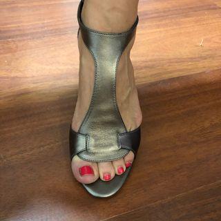 Sandalias de Gloria Ortiz