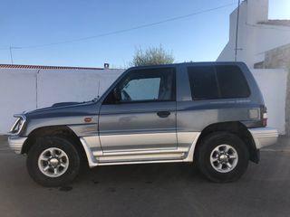 Mitsubishi Montero 1999