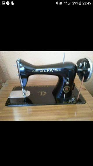 máquina de coser nueva