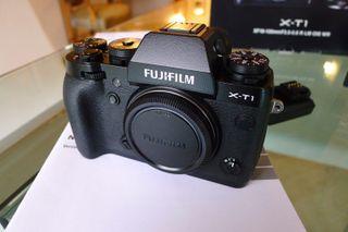 FUJIFILM XT-1