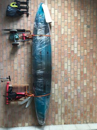 Se vende kayak Ws thresher 140 midnight