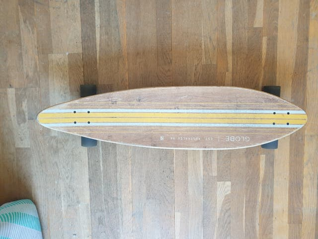 longboard Globe pinner cruiser
