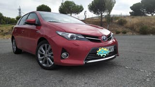 Toyota Auris ADVANCE 1.8 136CV.HIBRID