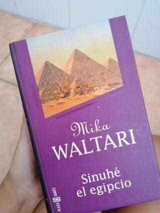 """Libro """"Sinuhé el egipcio"""""""