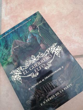 """Libro """"El Guerrero elfo"""""""