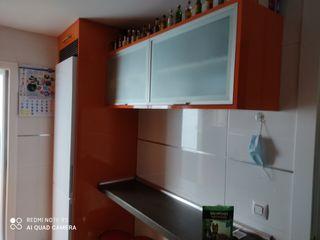 Instalador de muebles de cocina.