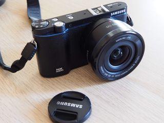 camara evil Samsung NX3300 20MP Kit Negra 20-50
