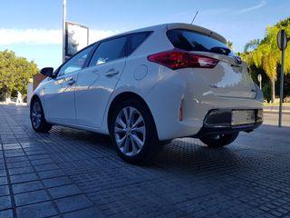Toyota Auris Muy Nuevo Libro de Revisiones año 2015