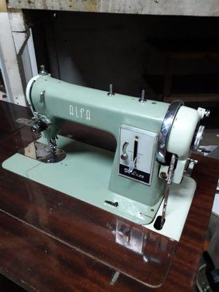 máquina de coser alfa con mueble