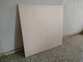 Panel contrachapado 100mm x 100mm y 10mm de grosor
