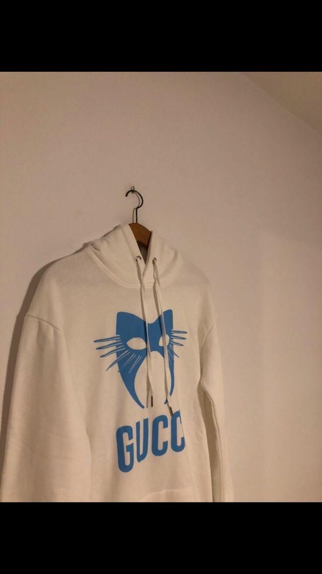 Hoodie Gucci Manifesto. PRECIO ACTUAL 400€!!