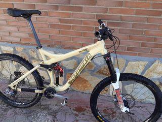 bicicleta mondraker para enduro