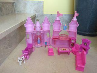 castillo cenicienta + muebles y muñecos