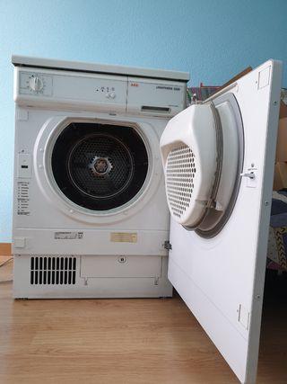 Secadora AEG 5230
