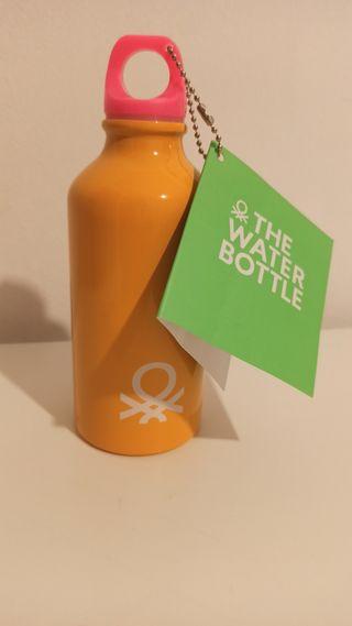 The water bottle Benetton Kids