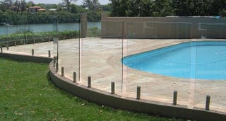 Valla instalación segura piscina