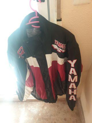 chaqueta de yamaha