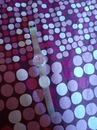reloj swatch de niña.