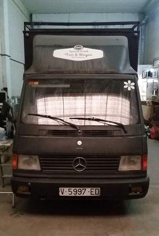 Camion Mercedes MB 180 D