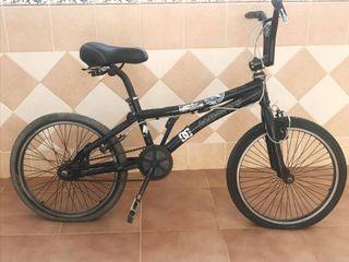Bicicleta BMX Monty freno giratorio rotor
