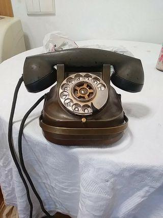 telefono antiguo baquelita y cobre