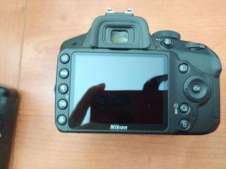 Nikon d3200 con baterías de regalo.