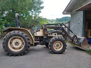 tractor con maquinaria