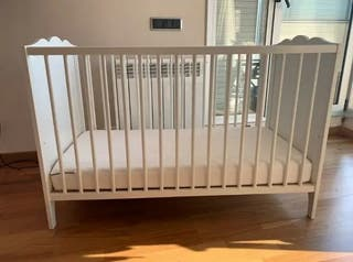 lit bébé (berceau) + matelas