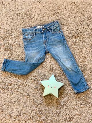 lote de pantalones niño 2-3 años.