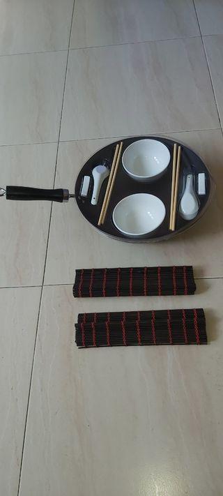 Sartén WOK + set cuencos estilo japonés