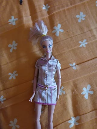 MUÑECA BARBIE EXPLORADORA